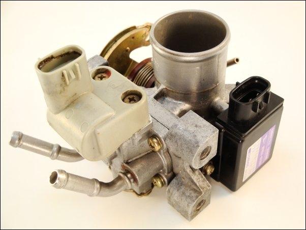 Throttle body 2221087220 Daihatsu Cuore L5 Move L601 0 8L 31